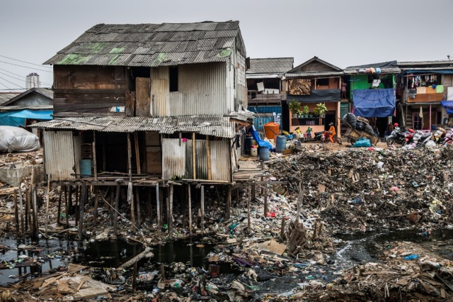 Figure 2. Northern Jakarta neighborhood destroyed by flood and pollution that came with it (Sherwell)